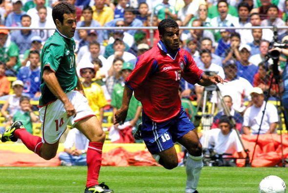 Joaquín del Olmo, de México, y Steven Bryce en pleno duelo por la clasif...