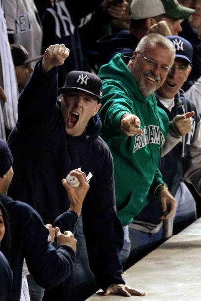 Claro que este momento invadió de felicidad el lado derecho del Yankee S...