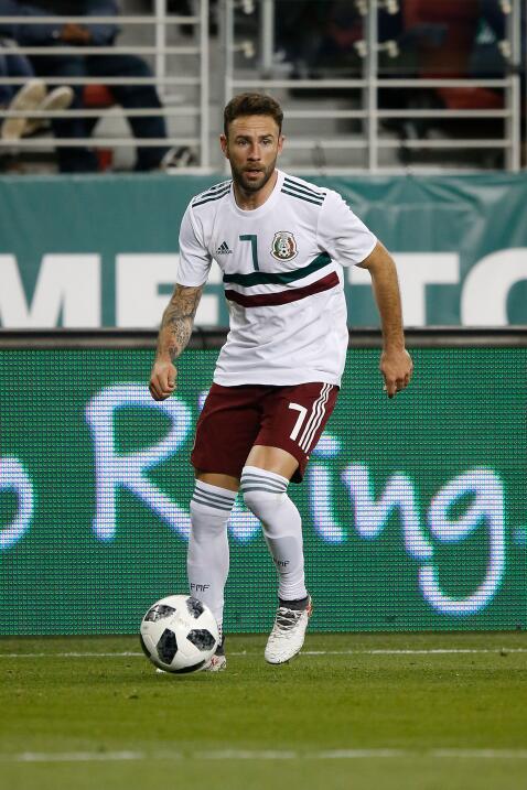 Miguel Layún (Sevilla) - 53 partidos jugados (22 con Méxic...