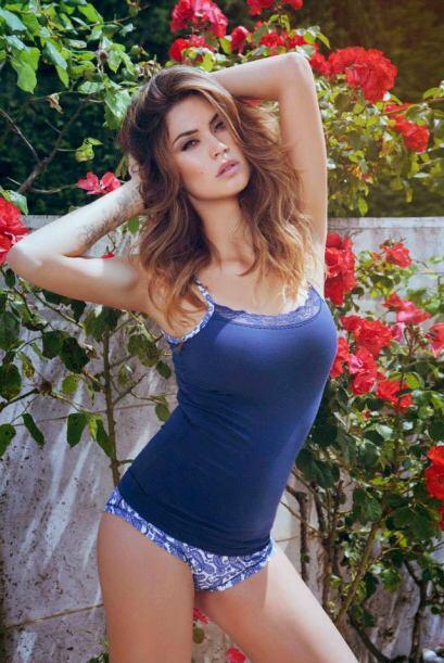 La presentadora italiana es una de las mujeres más espectaulares del mun...