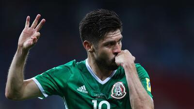 Un deslucido México derrota a Nueva Zelanda y logra su primer triunfo en Confederaciones