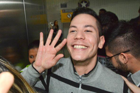La sonrisota de Christian Chávez no se debe a otra cosa que al gran reci...