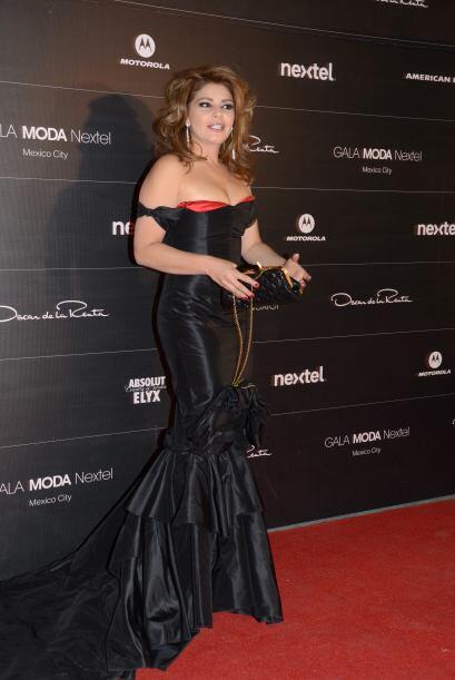Itatí Cantoral fue una de las invitadas a este gran evento. La famosa se...