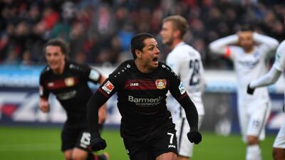 'Chicharito' se reencontró con el gol en la Bundesliga pero el Bayer Leverkusen perdió