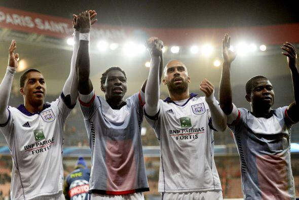 El marcador terminó con el 1-1 final, pero el Anderlecht lo festejó como...