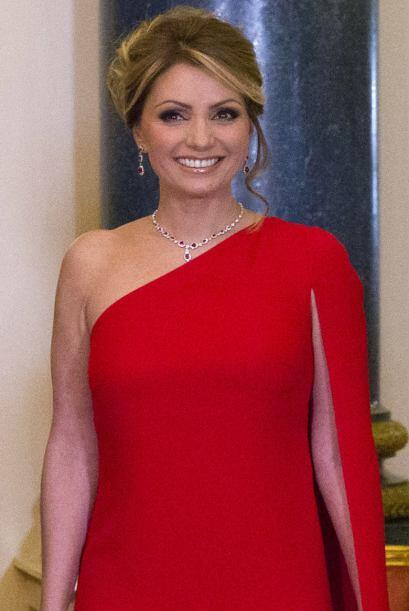 También se ha dicho que la primera dama ha tomado como gurú del estilo n...