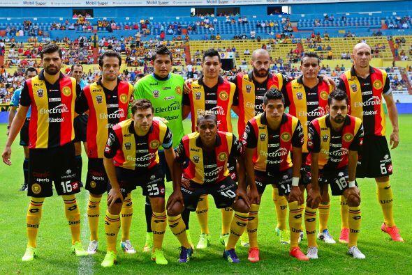 Chivas está en el antepenúltimo lugar de la tabla porcentual solo por en...