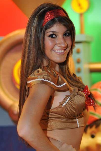 Yaneysis Alvarez quiere ser Miss Santita 2009 con todos los votos de sus...
