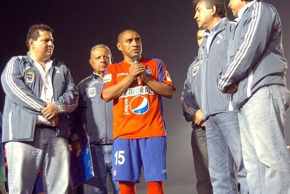 Plata es el máximo anotador del fútbol guatemalteco con 41...