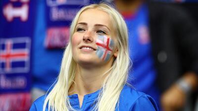 En fotos: la selección de Islandia debutará en el Mundial y sus guapas aficionadas también