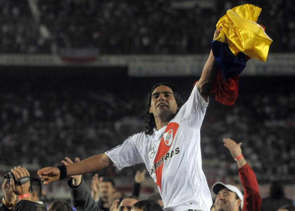 Atlético de Madrid remonta con diez ante el Girona AP_080608021954.jpg