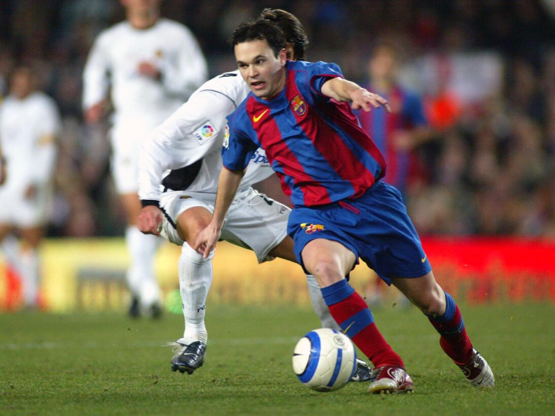 Su primer título como jugador del Barcelona llegó en su segunda temporad...