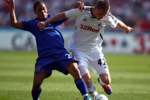 Everton ganó un partido complicado, jugando como visitante, ante el Swan...