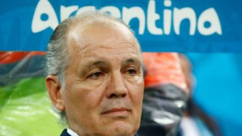 El entrenador de la 'Albiceleste' no seguirá en el cargo luego de disput...