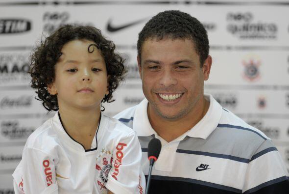 Al inicio, Ronaldo se veía sonriente y tranquilo.