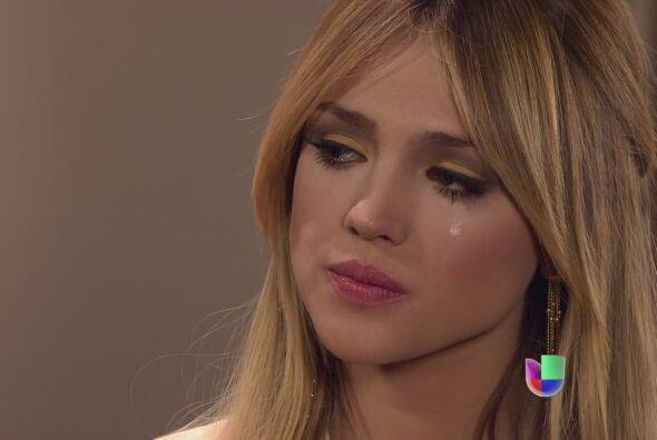 Más de una vez la hemos visto llorar y mover sus manitas.