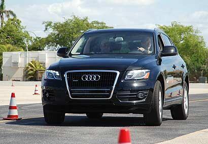 El nuevo modelo contará con un motor FSI V6 de 3.2 litros con inyección...