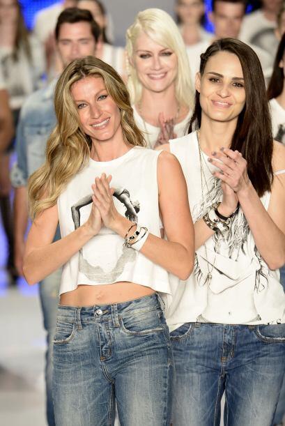 Así se despidió la modelo brasileña de 34 años de edad, en su país natal...