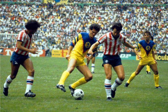 Comparado con el equipo de los 80's este América va por los mismos pasos...
