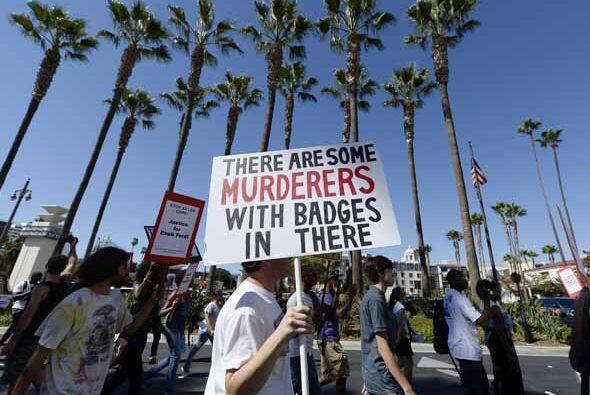 Angelinos alzaron su voz por los recientes casos de muerte, resultados d...
