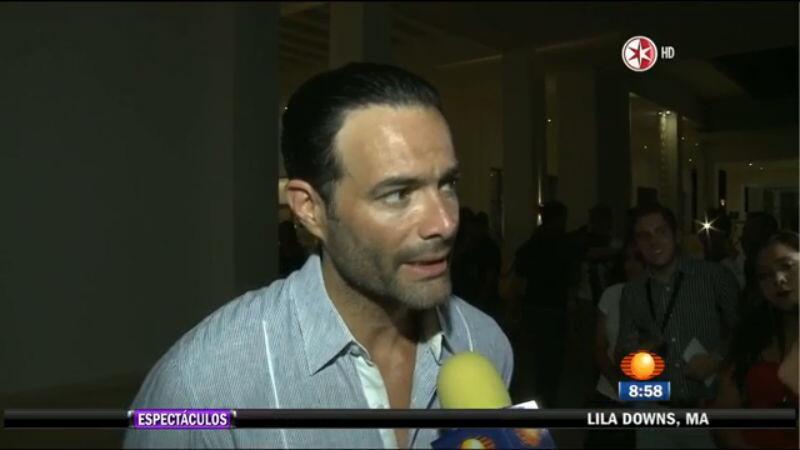 ¿Cómo prefieres a Sebastián Rulli? ¿Con o sin barba? 16.jpg