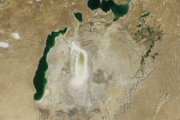 La desaparición de esta masa de agua ha tornado los inviernos más fríos...