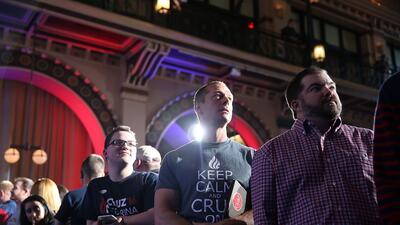 Ted Cruz suspende su campaña