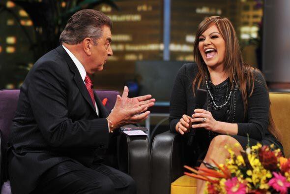 Jenni Rivera habló  con Don Francisco de su felicidad por su boda con el...