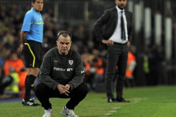 Ambos técnicos, Guardiola y Bielsa, vivieron el partido con muchos nervios.