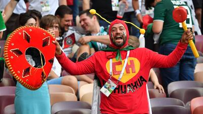 Denis Te Klose advirtió que la FIFA sería capaz de quitar el fan ID a mexicanos por el 'eeh pu...'