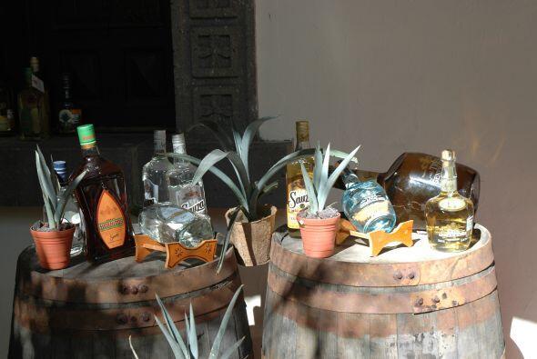 Oriunda de Jalisco, esta hechizante bebida conocida como tequila lleva e...