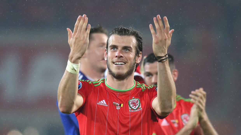 El futbolista demostró su puntería.
