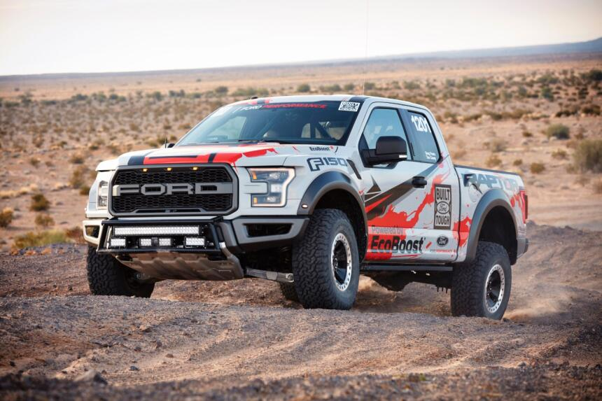 "Ford F-150 Raptor 2017 llega a ""Best in the Desert"" Raptor-Action-20-C1.jpg"
