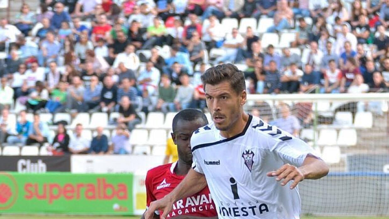 Agus jugando con el Albacete