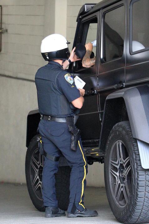 Justin Bieber presentó su licencia de conducir y el registro de la camio...