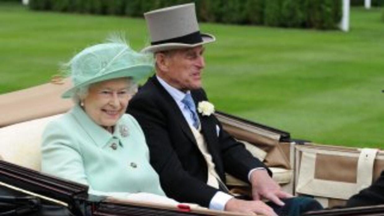 Isabel II no tiene poder para liquidar activos del Estado de la Corona,...