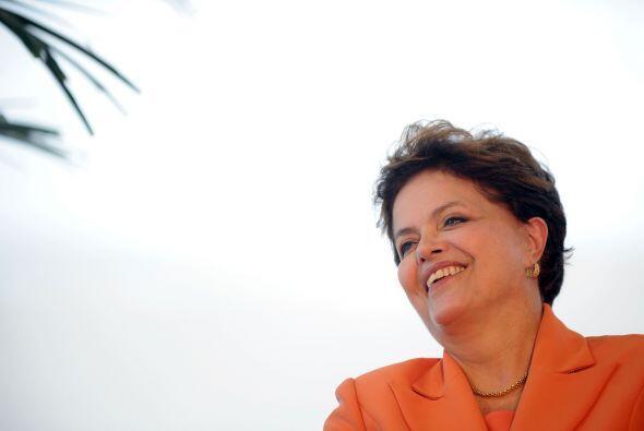 Rousseff dijo en ese viaje que 'he recibido un país en condiciones de da...