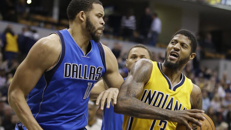 Los Pacers perdían 47-45, pero superaron a Dallas 30-17 en el tercer.