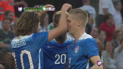 Golazo de Diskerud a pase de crack de Bradley en el EEUU vs Alemania
