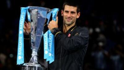 Djokovic demostró una vez más su fortaleza mental al imponerse en dos se...