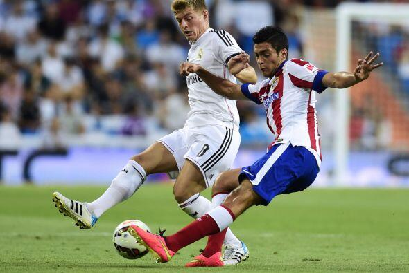 El mexicano Raúl Jiménez se sumó a la inercia defensiva del Atlético y c...