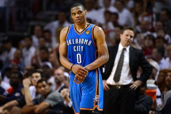 Russell Westbrook parecía deseperado en el juego, necesitaba entrar en r...