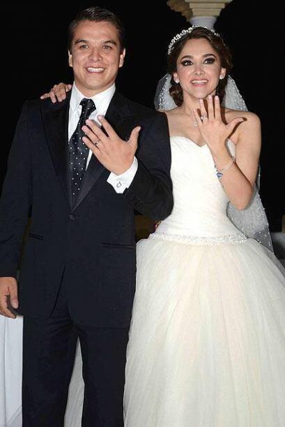 Sherlyn y Gerardo Islas ahora sí ya se juraron amor eterno en el altar.