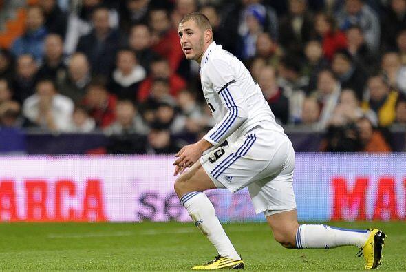 El francés Karim Benzema no salió en su noche... una vez más.