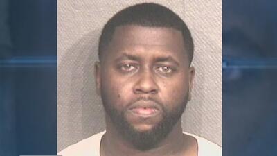 Policía arresta a un hombre acusado de amarrar a mujeres asiáticas con cinta adhesiva para robarlas