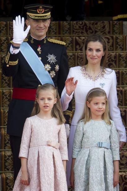 Luego de saludar, la Familia Real se enfiló al Congreso.