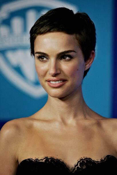 Poco a poco vimos como su cabello volvía a crecer y sin duda la actriz l...
