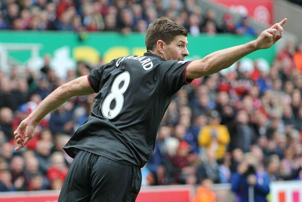 Steven Gerrard lograría descontar al minuto 70, pero de poco le serviría...