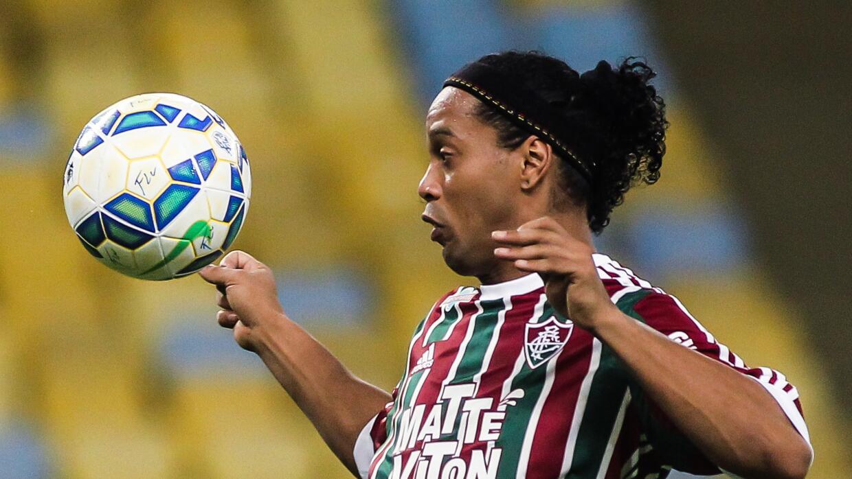 Ronaldinho ya jugó con el Fluminense