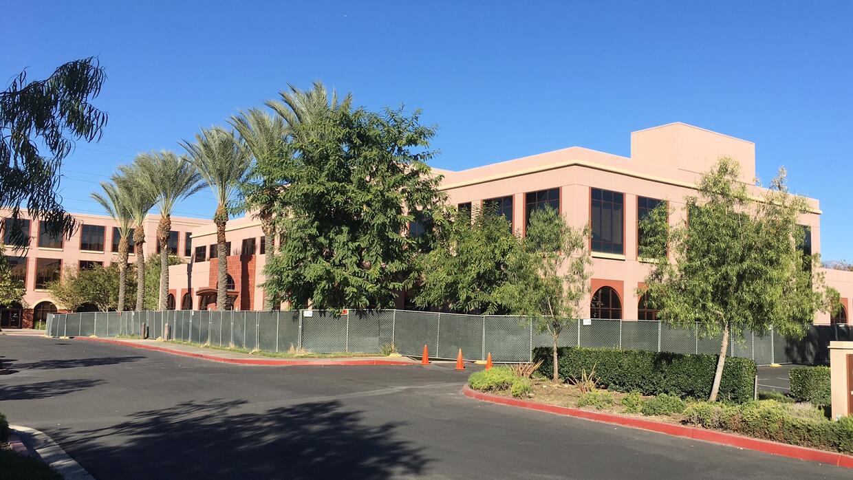 El edificio donde ocurrió la masacre de San Bernardino de 2015 luce resg...